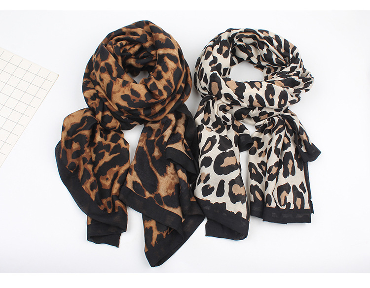 European and American wind-covered leopard-print warm scarf NHXO156108