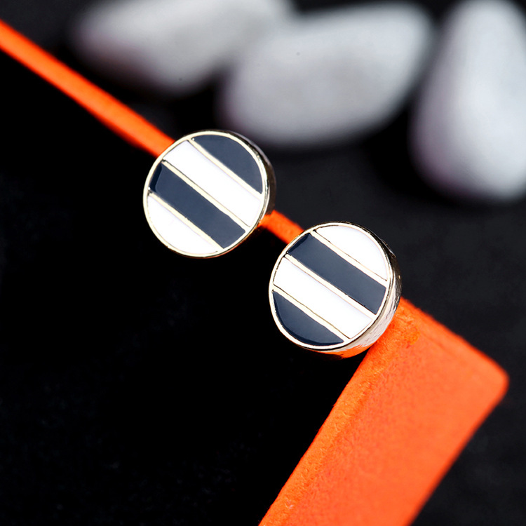 Fashion Alloy Dripping oil Earrings Geometric (Black and white)  NHQD4370-Black and white