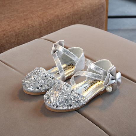 Mùa xuân và hè 2019 cô gái mới giày đơn công chúa giày trẻ em Giày dép nữ sequin Hàn Quốc giày em bé đậu Hà Lan Dép trẻ em