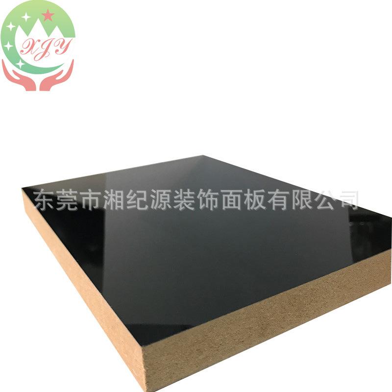 广东高光PETG烤漆白色装饰中纤板高亮光三聚氰胺免漆橱柜UV淋油板