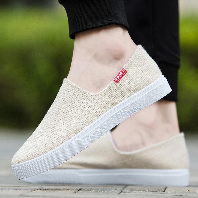 2019 أحذية رجالية جديدة من قماش بكين الاتجاه النسخة الكورية من أحذية الكتان للرجال مزيل العرق عارضة أحذية خفيفة الوزن قماش دواسة واحدة