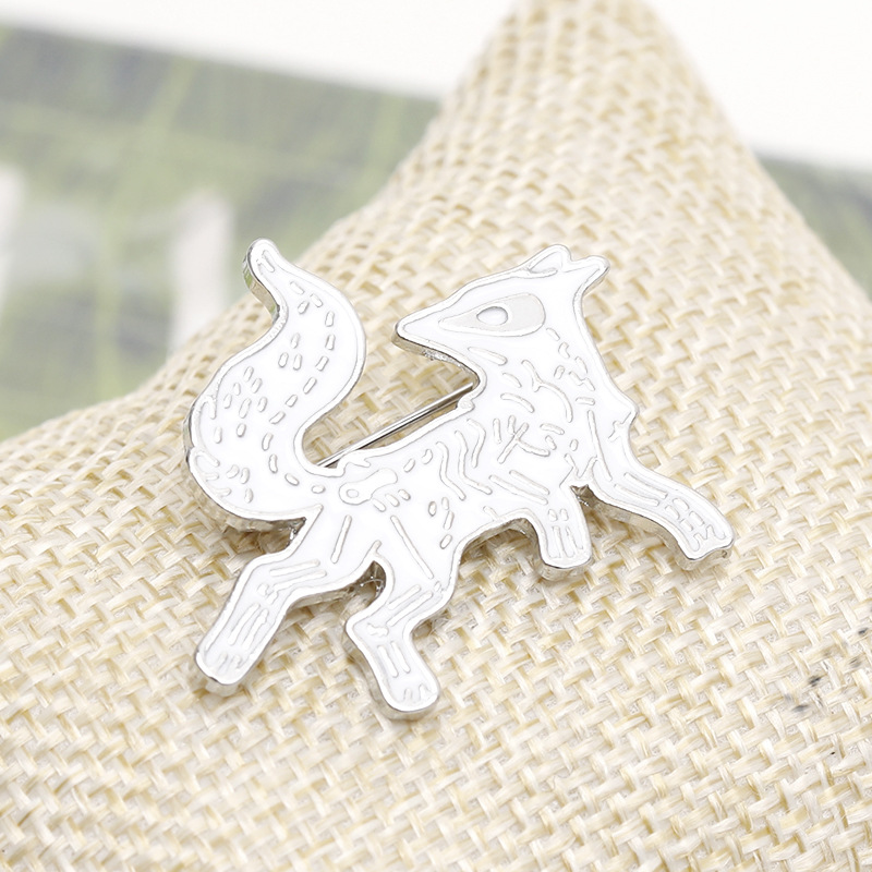 explosion brooch animal wolfdog brooch personality cartoon fox dog alloy brooch bag accessories wholesale nihaojewelry NHMO220257