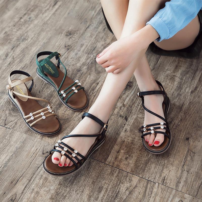 平底凉鞋女2019夏季新款韩版坡跟凉鞋露趾一字扣带水钻女鞋夏7010