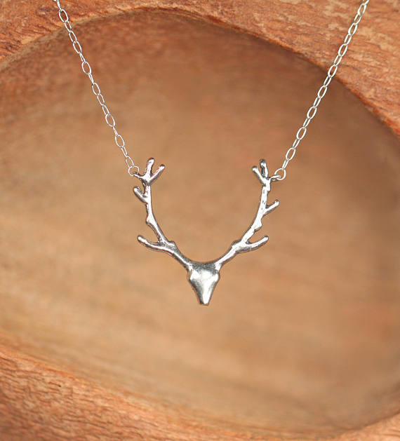 Simple Antler Necklace Christmas Elk Reindeer Pendant Necklace Female Clavicle Chain Fawn Antler Necklace Wholesale NHCU206497