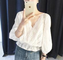 速卖通新款韩版波浪V领白色钩花镂空蕾丝上衣收腰七分袖蕾丝衫女