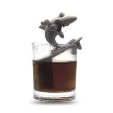 跨境直供亚马孙硅胶鲨鱼泡茶器 鲨鱼咬人 日用品茶叶包茶漏制品