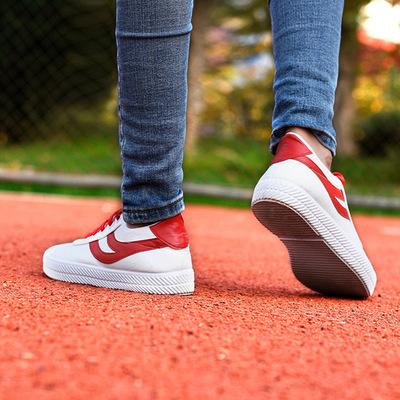 2018 mùa hè mới giày vải phụ nữ thở thời trang sinh viên giày ren thể thao giày trắng thay mặt cho một thế hệ
