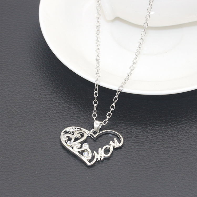 Necklace simple heartshaped diamond English alphabet Mom mom necklace clavicle chain mothers day gift NHCU192644