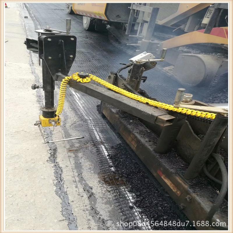 沥青路面施工玻纤土工格栅