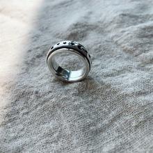 七盛 韩国韩版设计款S925纯银简约百搭复古星月转动戒指