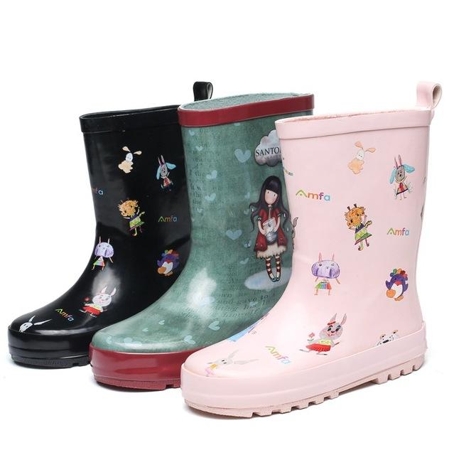 Giày đi mưa trẻ em cao cấp màu hồng màu đen quạt màu graffiti bé trai cao su mưa giày nước mưa giày bán buôn Giày cao cổ