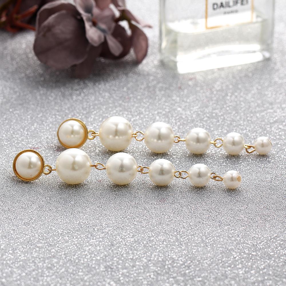 Pendientes largos de perlas artificiales de tamaño simple NHPJ147874