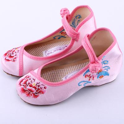 牡丹新品绣花女童布鞋舞蹈丝绸透气绣花鞋中小童演出鞋单鞋
