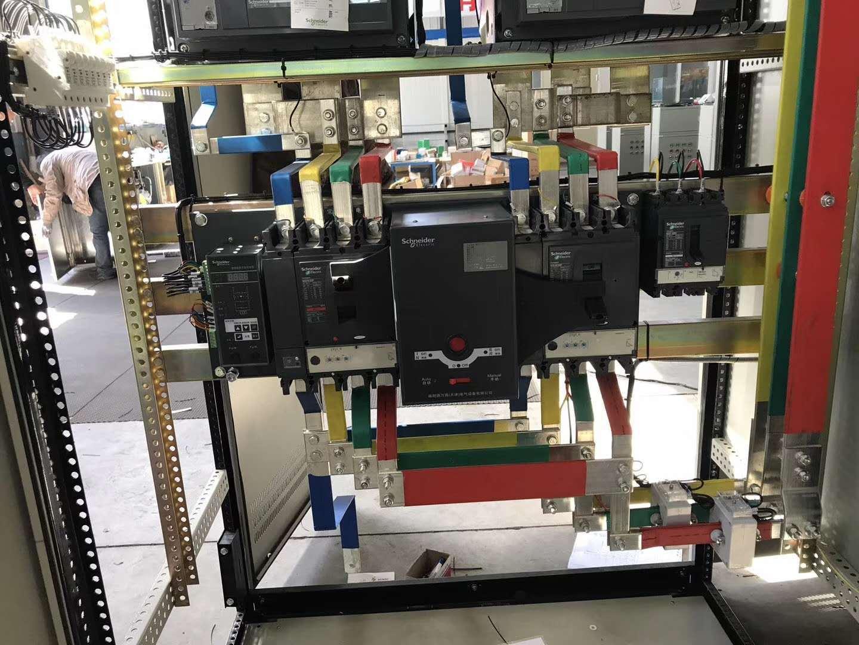 大电流双电源柜内部细节图