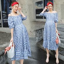 2018夏装新款孕妇装时尚一字肩孕妇短袖连衣裙宽松大码孕妇格子裙