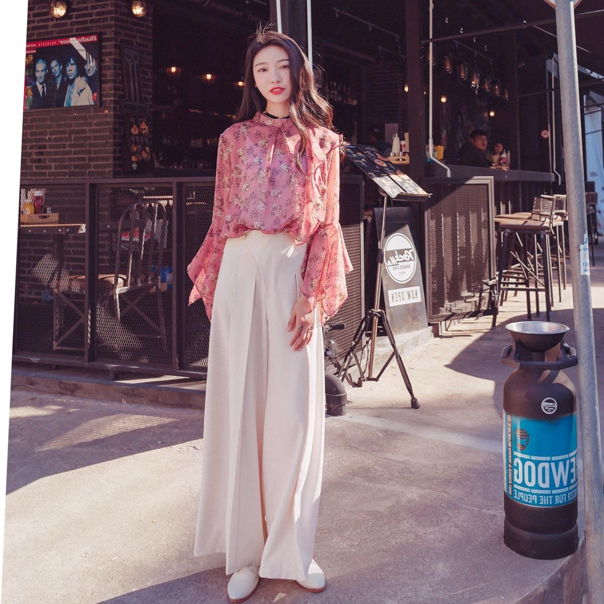 实拍chic甜美气质碎花喇叭袖圆领雪纺衫套装白色高腰显瘦阔腿长裤