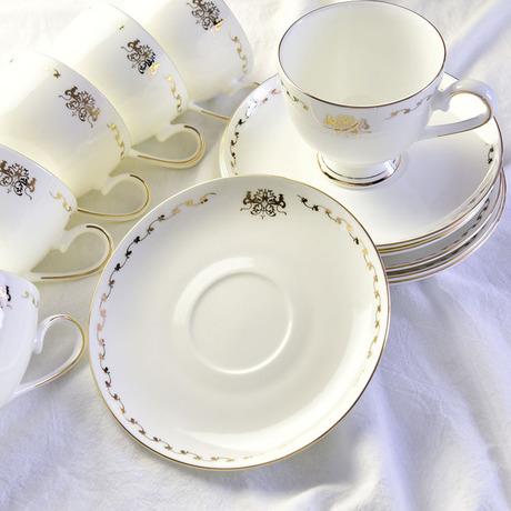 Continental Phnom Penh xương china gốm cốc cà phê và phù hợp với chiếc đĩa chiều biểu tượng quà tặng cốc tùy chỉnh Bộ cốc