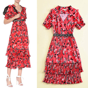 Europe station 18 spring and summer foreign trade women's wear new product V collar short sleeved red print body repair