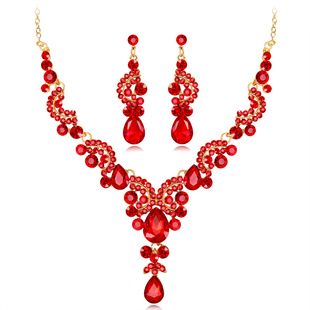 Cross-border source of European and American hot-selling bridal necklace set Fashion high-end crystal necklace earrings two-piece jewelry set