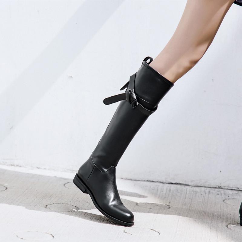真皮女鞋牛皮方跟圓頭皮帶扣側拉鏈高筒騎士靴歐美不過膝平底長靴