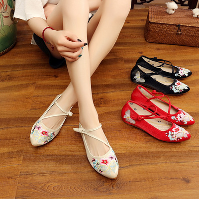 Chinese folk dance hanfu embroidered shoes wedding shoes national rib soled square dance shoes