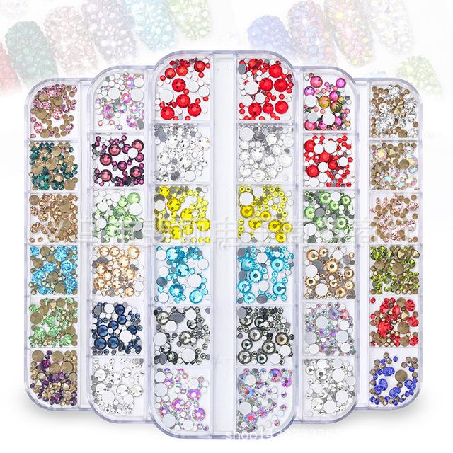 跨境专供 美甲玻璃尖底平底钻多色多尺寸混装指甲饰品12格长条盒