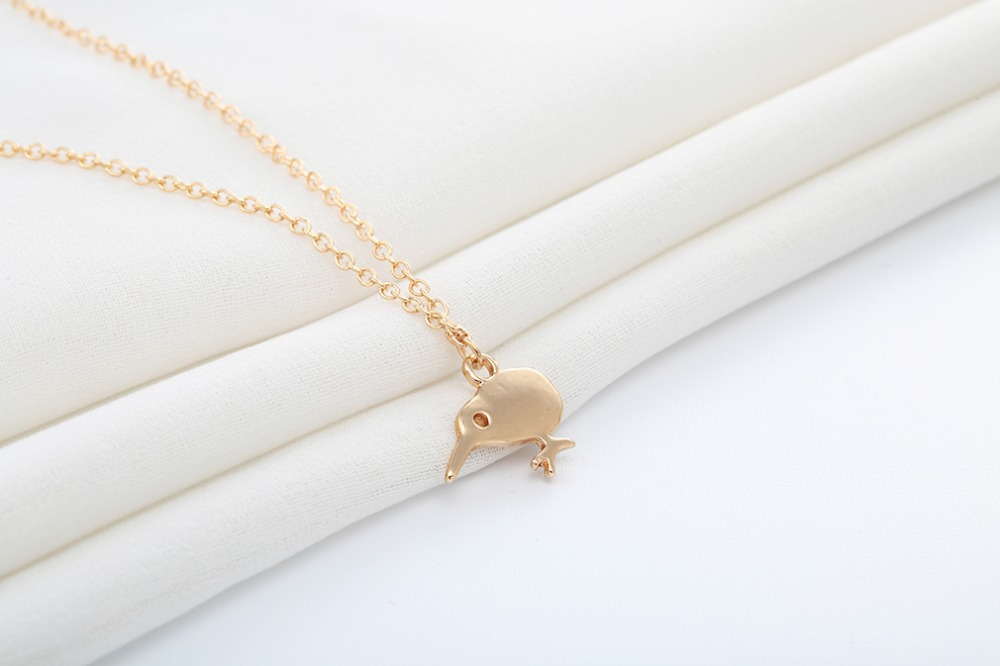 Cute necklace environmental alloy pendant woodpecker necklace female wild clavicle chain NHCU206488