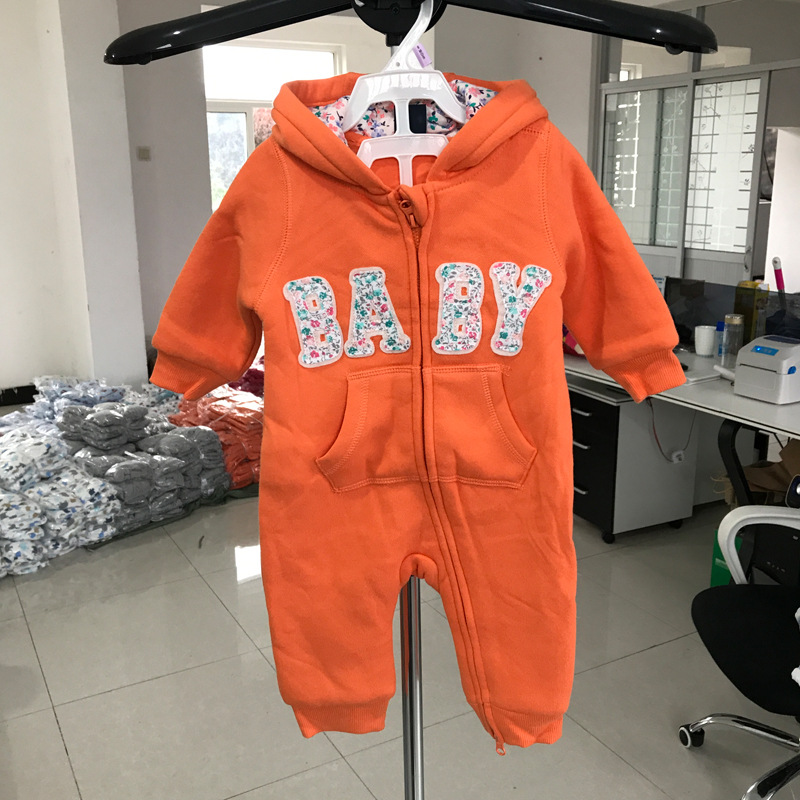 A generation of autumn and winter new baby onesies baby long