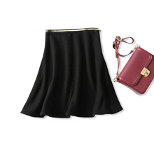 18 winter new products, how to take a good look, gold silk edge elastic waist micro-a A word wool knit black half skirt