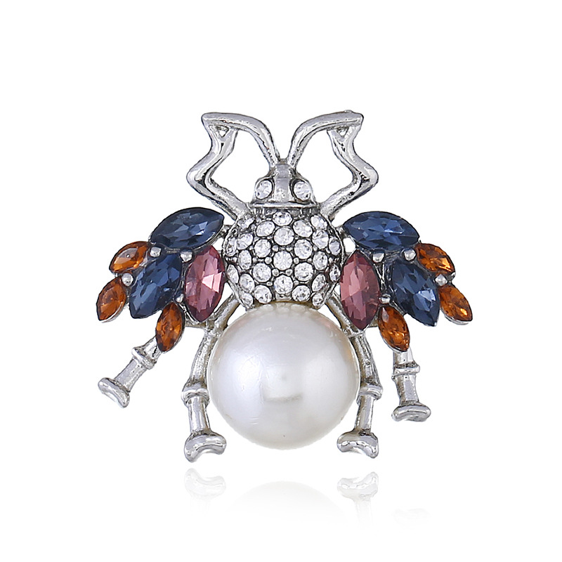 Women's clothing accessories bee Crystal Brooch lovely beautiful animal Pearl Brooch spot wholesale and retail