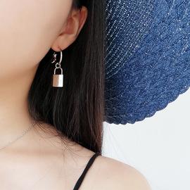 Europe and America minimalist asymmetrical personality metal key lock geometric circle earrings