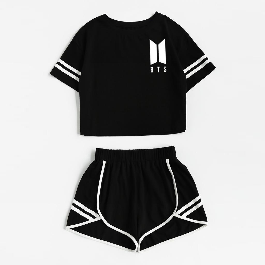 2020新款女春夏休闲套装纯棉条纹BTS印花露脐短裤套装