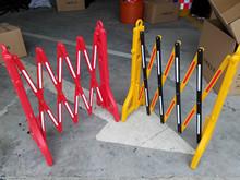 塑料伸缩护栏注水隔离栏临时可移动围栏移动折叠护栏交通设施