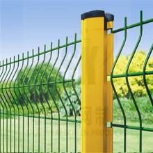 尚凯厂家直销桃形柱护栏 室外护栏网绿色养殖网心形柱护栏网批发