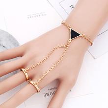 欧美饰品 滴油三角形双指戒指手链一体 时尚几何手饰 厂家直销