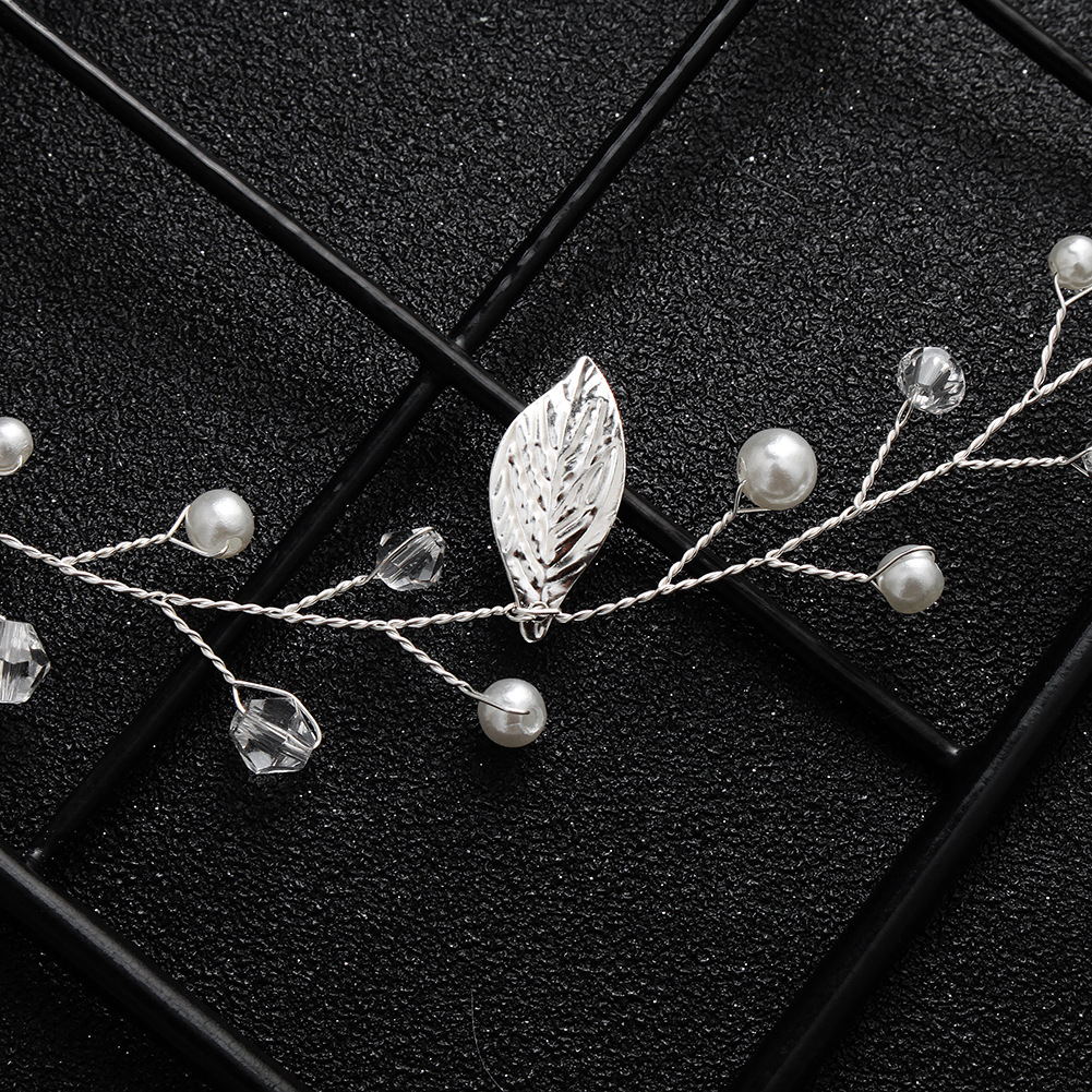 Alloy Fashion Geometric Hair accessories  (Alloy) NHHS0595-Alloy