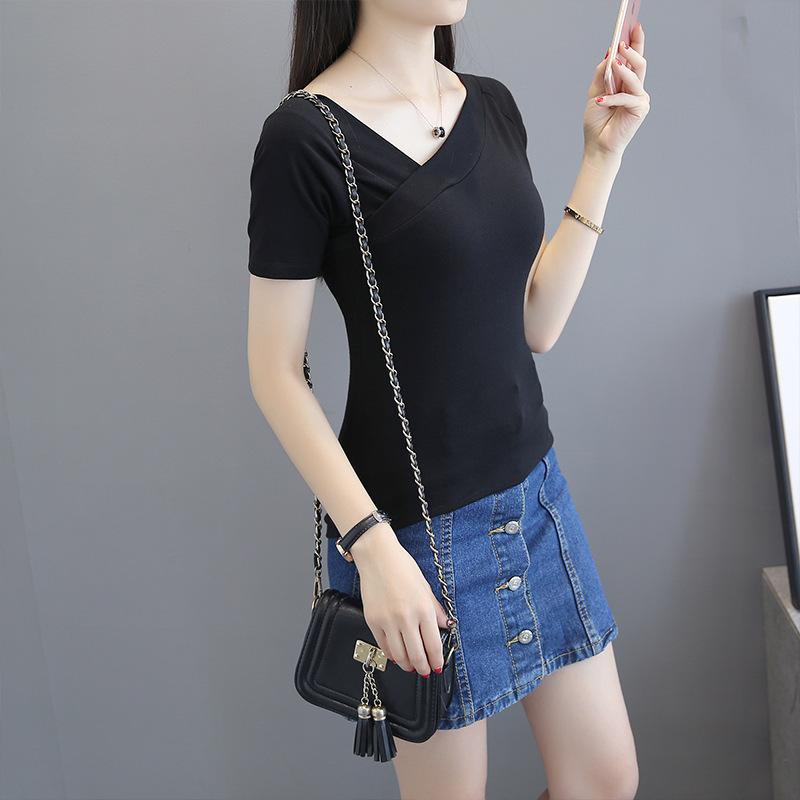 斜V领中袖t恤女秋季韩版紧身五分袖打底衫纯色简约显瘦新款上衣潮