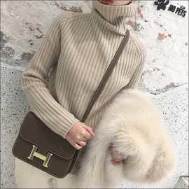 2019年秋冬新款宽松短款堆堆领毛衣百搭套头显瘦高领韩版针织衫潮