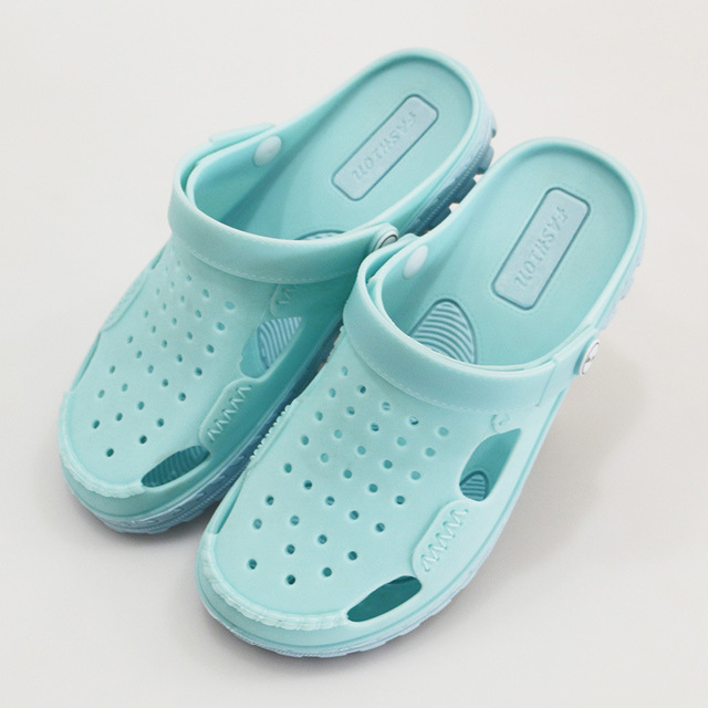 越南温突洞洞运动鞋网状休闲凉鞋舒适柔软清新沙滩鞋女款