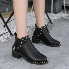 2018秋季复古马丁靴低筒尖头瘦瘦短靴铆钉防水粗跟女靴皮带扣短靴