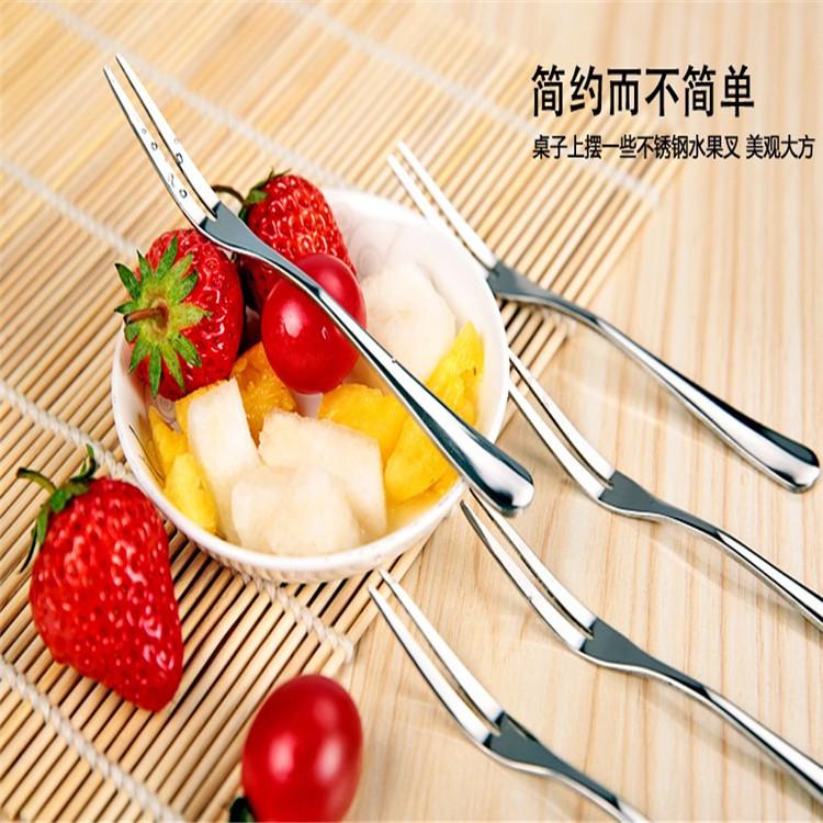 不锈钢餐具水果刀叉家居百货日用品多功能新奇特创意礼不锈钢叉子