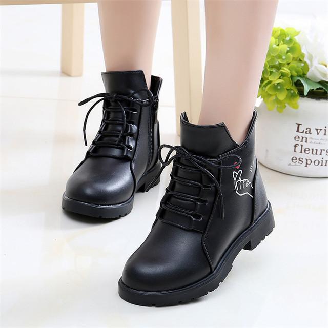 Giày trẻ em cho bé gái mùa đông 2018 mới cho bé lớn Phiên bản Hàn Quốc của bé gái Martin ủng cho bé Giày cao cổ