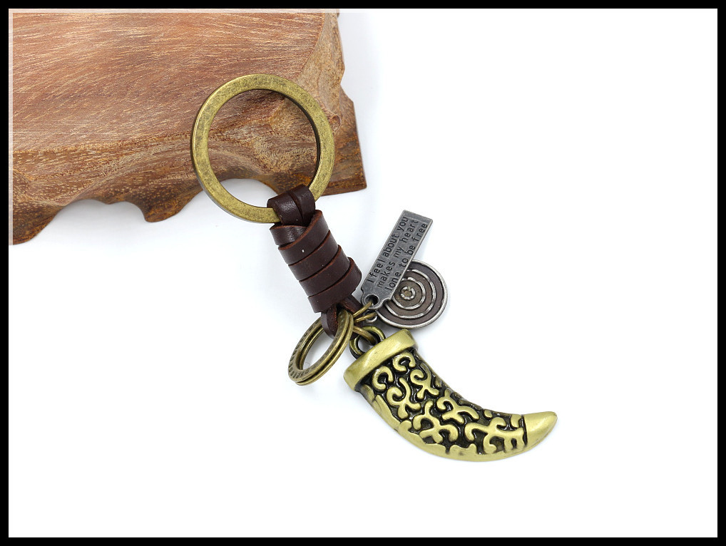 Retro Punk New Woven Keychain Wholesale Accessories Pendant Men's Alloy Leather Keychain NHHM194411