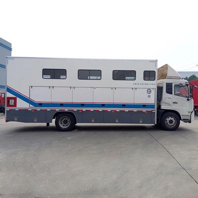 厂家直销 定制赛马运输车自行式运马车6匹马重载运马车拖车