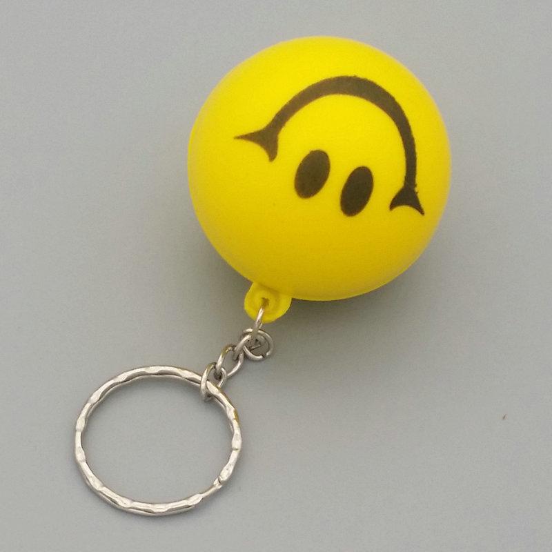 4.0cm pu发泡笑脸球钥匙扣可以印logo用于促销礼品pu发泡球