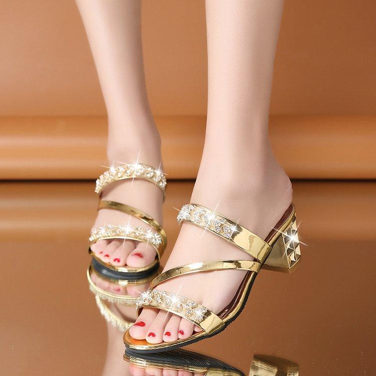 一件代发2020夏季新款时尚女凉拖水钻大码粗跟高跟女拖鞋女鞋批发