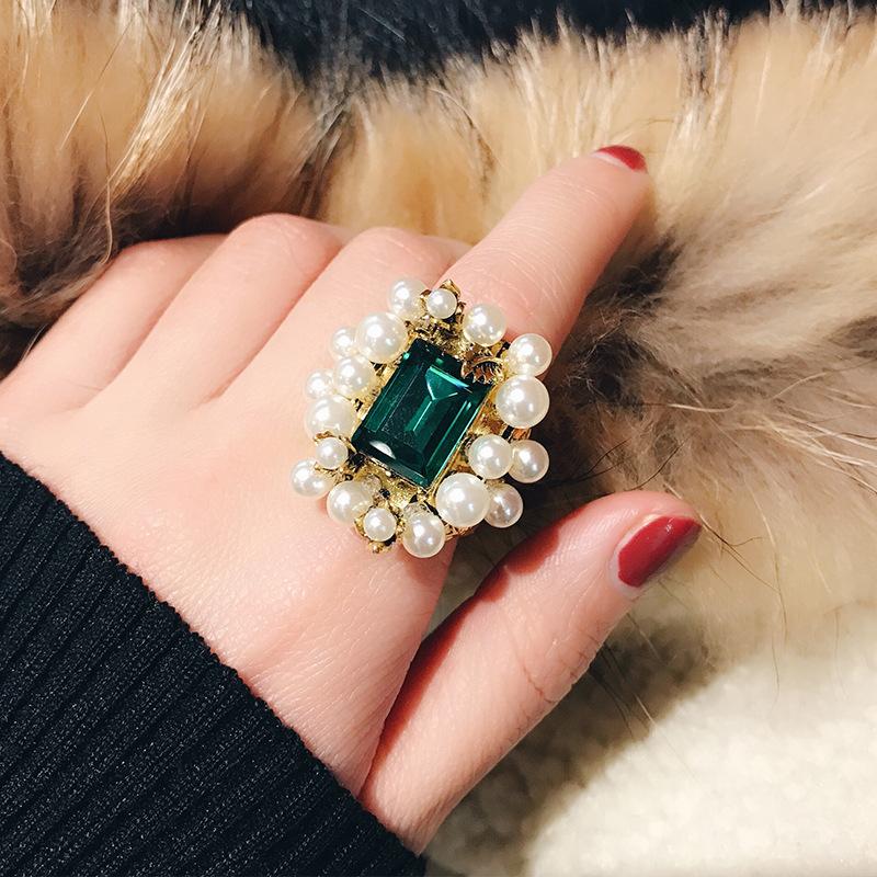 欧美潮流复古风珍珠戒指女个性做旧镶嵌优雅祖母绿宝石戒面大戒指