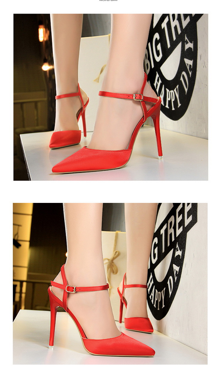 8083cf5f0c33e 2018 New European And American Style Simple Shoes Fine With High ...