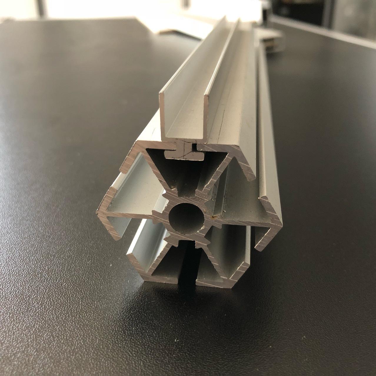 六棱柱铝材生产厂家 网红打卡店 展会镜子迷宫专用柱子厂60度展架
