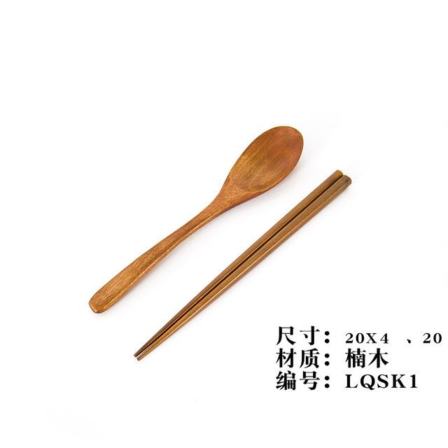 bộ 2019 mới cuộn gỗ dao kéo muỗng gáo sáng tạo muỗng đũa cầm tay nhà có thể LOGO Đũa